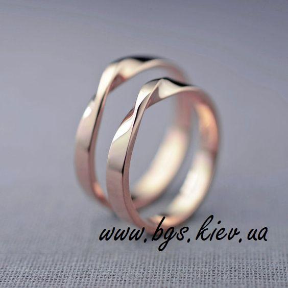 Oбручальные кольца «Петля Мёбиуса»