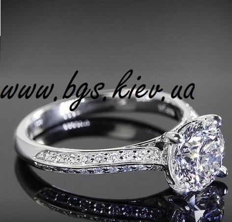 Помолвочное кольцо белое золото