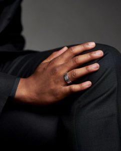 мужское обручальное кольцо