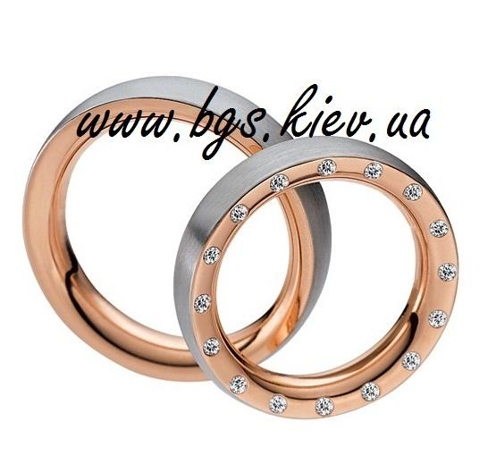 Золотое обручальное кольцо «Forever»