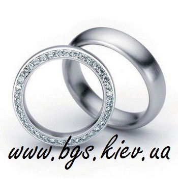Кольца из золота с бриллиантами