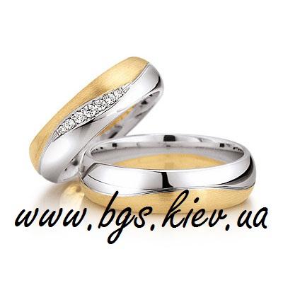 Обручальные кольца с полудрагоценными камнями «Королевс