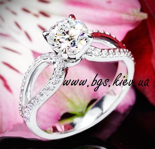 Кольцо «Блеск белого золота»