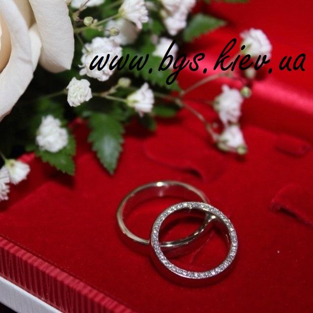 обручальные кольца из белого золота «Маджента» мужское и женское