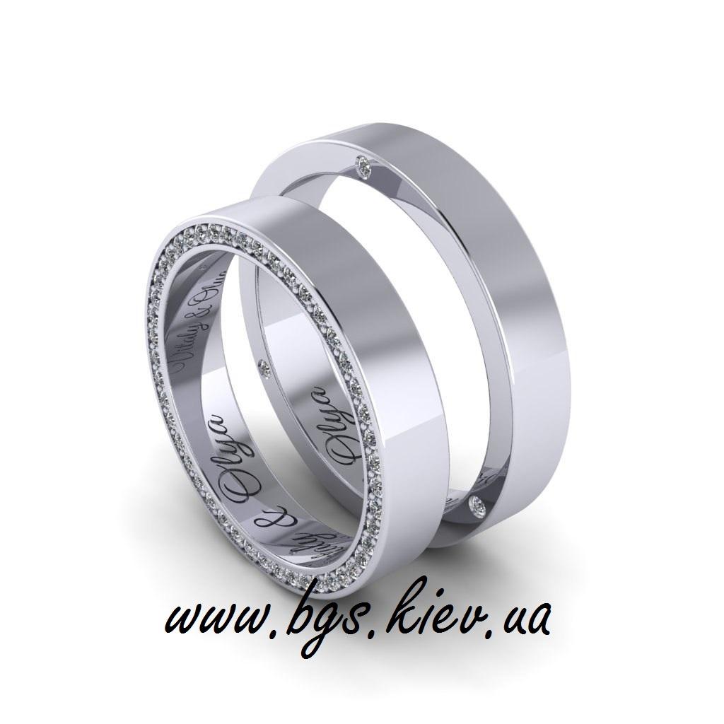 Кольца из белого золота мужское и женское с камнями