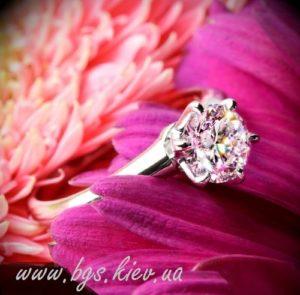 помолвочное кольцо с драгоценным камнем, классическое помолвочное кольцо, кольцо с одним камнем, помолвочное кольцо с драгоценным камнем, Помолвочные кольца Diamond, 0953115574, кольцо для предложения, кольца для помолвки, кольцо с бриллиантом, кольца с бриллиантами, кольцо для помолвки, кольца с бриллиантами киев, помолвочные кольца, кольцо для предложения, помолвочное кольцо, кольца с бриллиантами каталог, кольца с бриллиантами фото, бриллиантовое кольцо, кольца с бриллиантами цены, кольца из белого золота