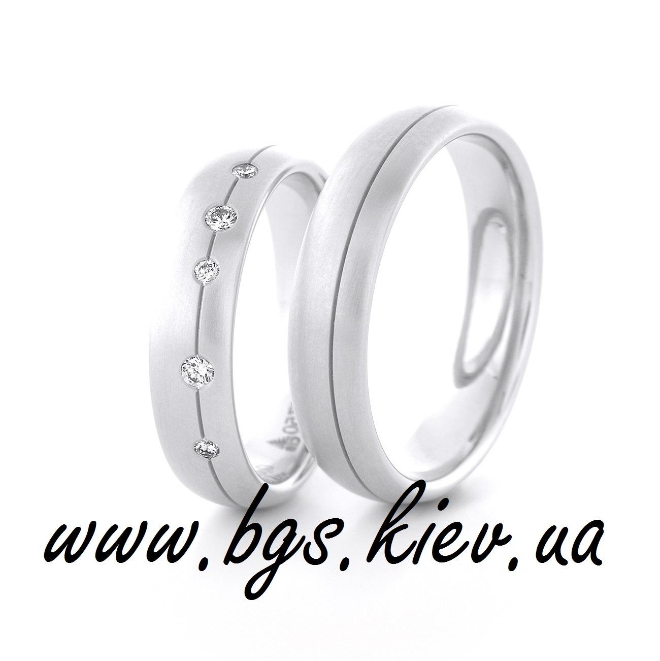 Золотое кольцо с белым золотом