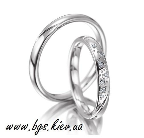 Кольцо белое золото с бриллиантами