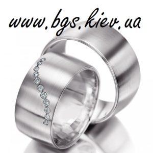 Обручальное кольцо из желтого золота «сапфировая волна» красивое широкое