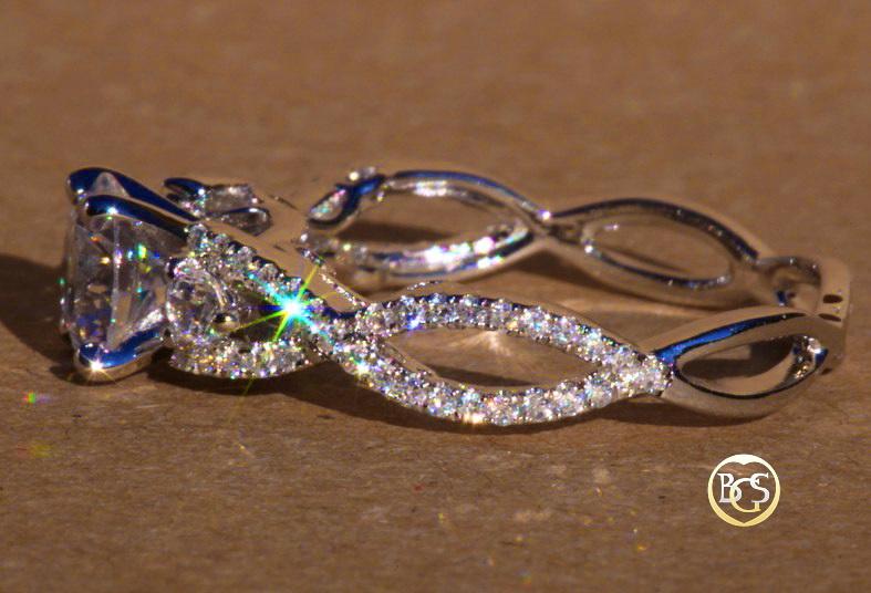 Золотое кольцо на помолвку