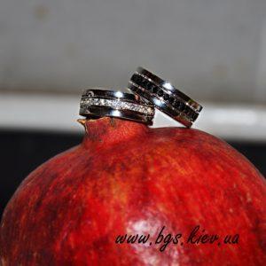 обручальные кольца с черными и белыми бриллиантами на заказ