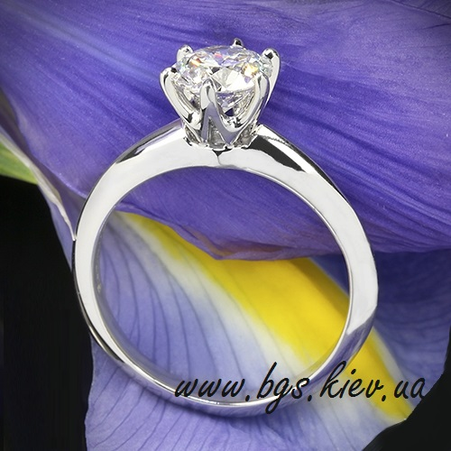 Помолвочное кольцо «Diamond»